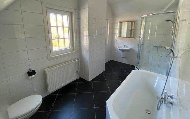 appartement-7-badkamer